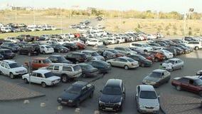 Lotes dos carros que estacionam na cidade filme