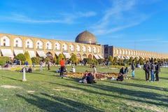 Lotfollah Mosque回教族长在Naghsh-e Jahan广场 伊斯法罕 伊朗 库存照片