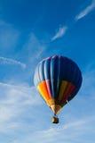 lotniczego balonu błękitny kolorowy gorący niebo Obraz Royalty Free