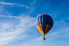lotniczego balonu błękitny kolorowy gorący niebo Fotografia Royalty Free