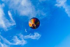 lotniczego balonu błękitny kolorowy gorący niebo Fotografia Stock