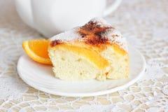 Lotniczy tort z pomarańczami Zdjęcie Royalty Free