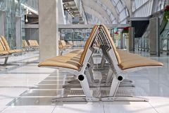Lotnisk siedzenia w czekanie terenie Obrazy Royalty Free