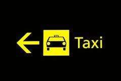 lotnisko podpisuje taxi Zdjęcia Stock