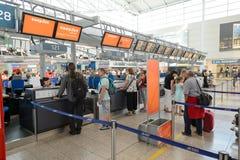 Lotnisko Praga wnętrze Zdjęcia Royalty Free