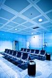 lotniskowy błękit przewodniczy sala Fotografia Stock