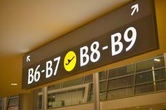 Lotniskowy brama znak Zdjęcie Stock
