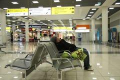 lotniskowy czekanie Zdjęcia Stock