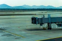 Lotniskowy fartuch przejażdżki Airbridge obrazy stock
