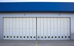 Lotniskowy hangar od outside Fotografia Stock