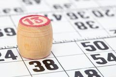 Loto en bois de baril avec le numéro treize Photos libres de droits