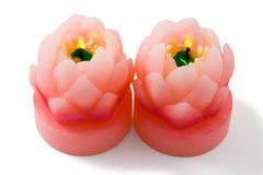 Lotosblumenkerze. Getrennt, mit Ausschnittspfad Stockbild