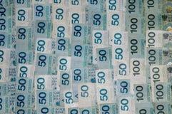 Lotter av polska valutasedlar som en bakgrund Royaltyfria Bilder