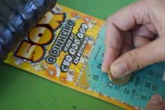 Lotteri Scratchcard royaltyfria bilder