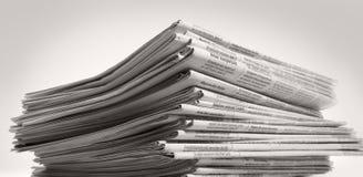 Lotti dei giornali Immagini Stock