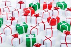 Lotti dei regali di Natale Immagine Stock Libera da Diritti