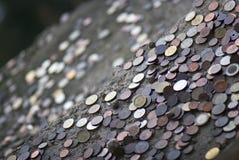 Lotti delle monete internazionali Fotografia Stock Libera da Diritti