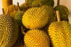 Lotto dei durians Fotografie Stock Libere da Diritti