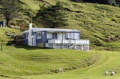 Lotto della Nuova Zelanda - casa per le vacanze Fotografia Stock Libera da Diritti