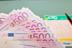 Lottsedel med eurosedeln Österrike lotto Arkivfoton