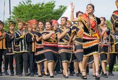 Lotud person som tillhör en etnisk minoritet av Borneo under den Malaysia självständighetsdagen Royaltyfria Foton