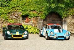 Lotus Elise e Renault Alpine davanti al cas Fotografie Stock Libere da Diritti