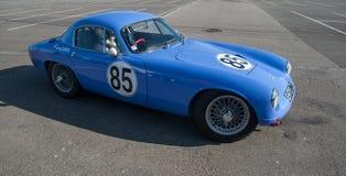 Lotus Elite-model 1957 die in wielpartij rennen in Mulhouse expositon Stock Afbeelding