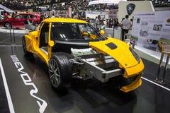 Lotus Evora com exposição do motor da mostra na fase Imagem de Stock Royalty Free