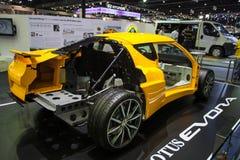 Lotus Evora com exposição do motor da mostra na fase Imagem de Stock