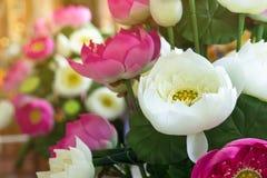 Lotus falsifica a flor e o fundo floral, flores de lótus feitas do fá Fotos de Stock