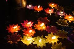 Lotus-Kerzen Lizenzfreie Stockfotos