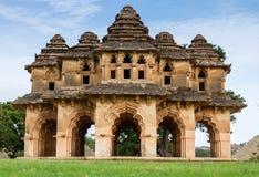 Lotus Mahal av Hampi fördärvar Arkivfoto