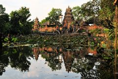 Lotus pond and Hindu temple, Ubud, Bali Royalty Free Stock Images