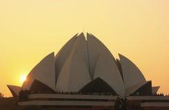 Lotus Temple på solnedgången, New Delhi Royaltyfria Foton