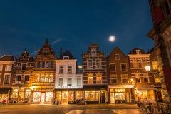 Louça de Delft Países Baixos na noite imagem de stock royalty free