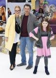 Lou Diamond Phillips, Yvonne Boismier Philips i Indygowy Sanara Philips, zdjęcie stock