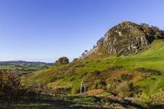 Loudoun-Hügel und der Geist von Schottland-Monument lizenzfreie stockbilder