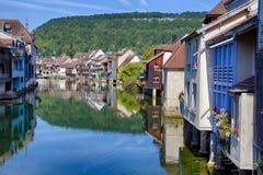 Loue-Fluss in Ornans Lizenzfreie Stockfotografie