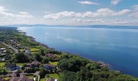 Lough di Belfast dalla baia di Helens giù l'Irlanda del Nord fotografie stock