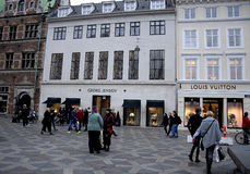 louis shoppar vuitton Arkivfoton
