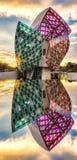 Louis Vuitton Foundation en la puesta del sol Foto de archivo libre de regalías