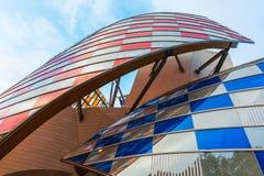 Louis Vuitton Foundation ontwierp door Frank Gehry Royalty-vrije Stock Afbeeldingen