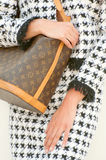 Louis Vuitton-Monogramm-Beutel und Chanel Stockbild