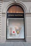 Louis Vuitton-Schaufenster Stockfoto