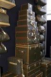 Louis Vuitton se coloca Imágenes de archivo libres de regalías