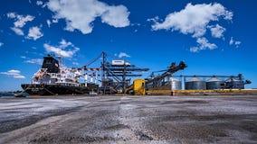 LOUISA BOLTEN - bärare i stora partier - port av Burgas, Bulgarien Royaltyfria Foton