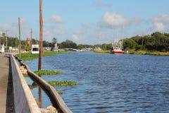 Louisiana-Bayou-Gemeinschaft lizenzfreie stockbilder