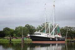 Louisiana-Garnelen-Boot stockbilder