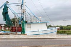 Louisiana-Garnelen-Boot lizenzfreie stockbilder