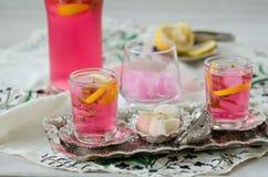 Loukoum e sorvete tradicional turco de ramadan do otomano fotos de stock